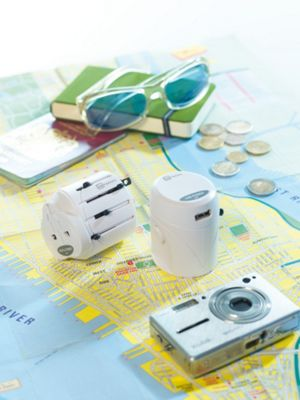 Go Travel Worldwide + USB White - Go Travel Electronic Accessories
