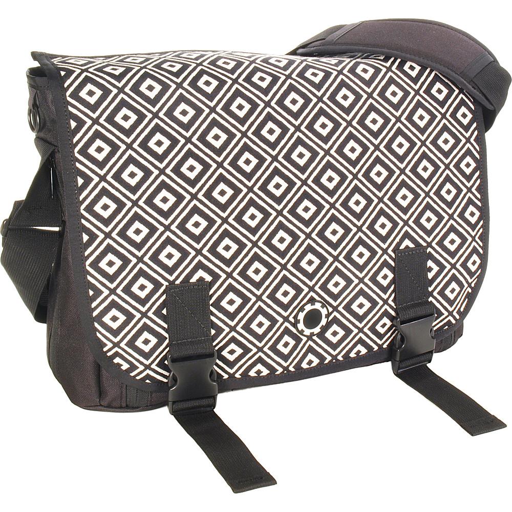 diaper bags canada. Black Bedroom Furniture Sets. Home Design Ideas