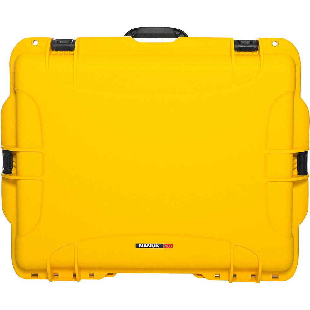 NANUK 960 Case Empty Yellow NANUK Hardside Checked