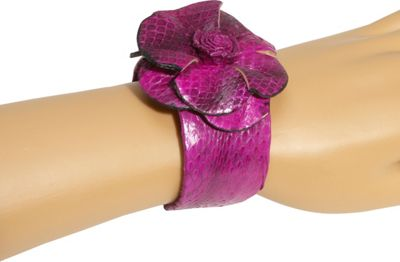 About Color Leather Rose Cuff
