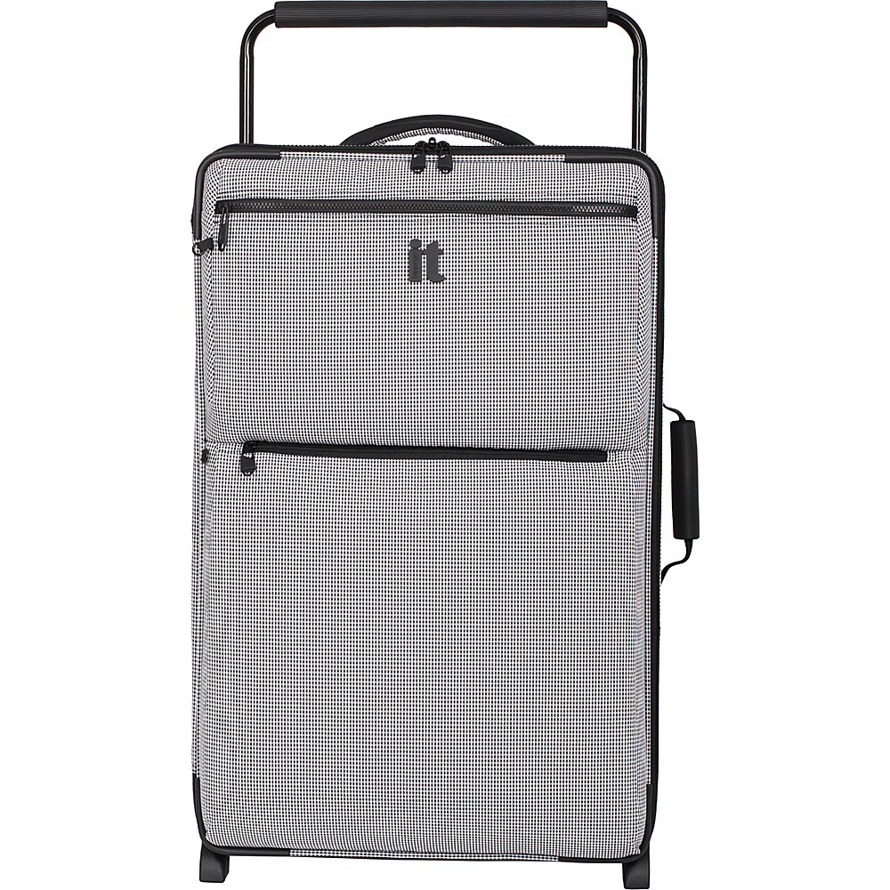it luggage Worlds Lightest Los Angeles 2 Wheel 29.3 inch Upright Black White 2 Tone it luggage Softside Checked