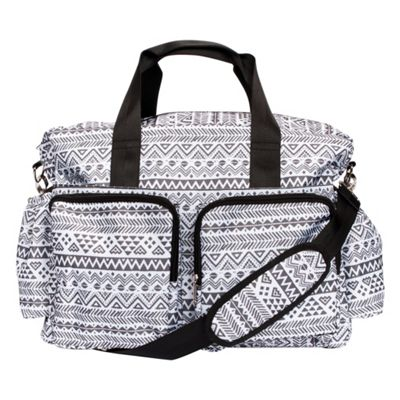 Trend Lab Black and White Aztec Deluxe Duffle Diaper Bag Black and White - Trend Lab Diaper Bags & Accessories