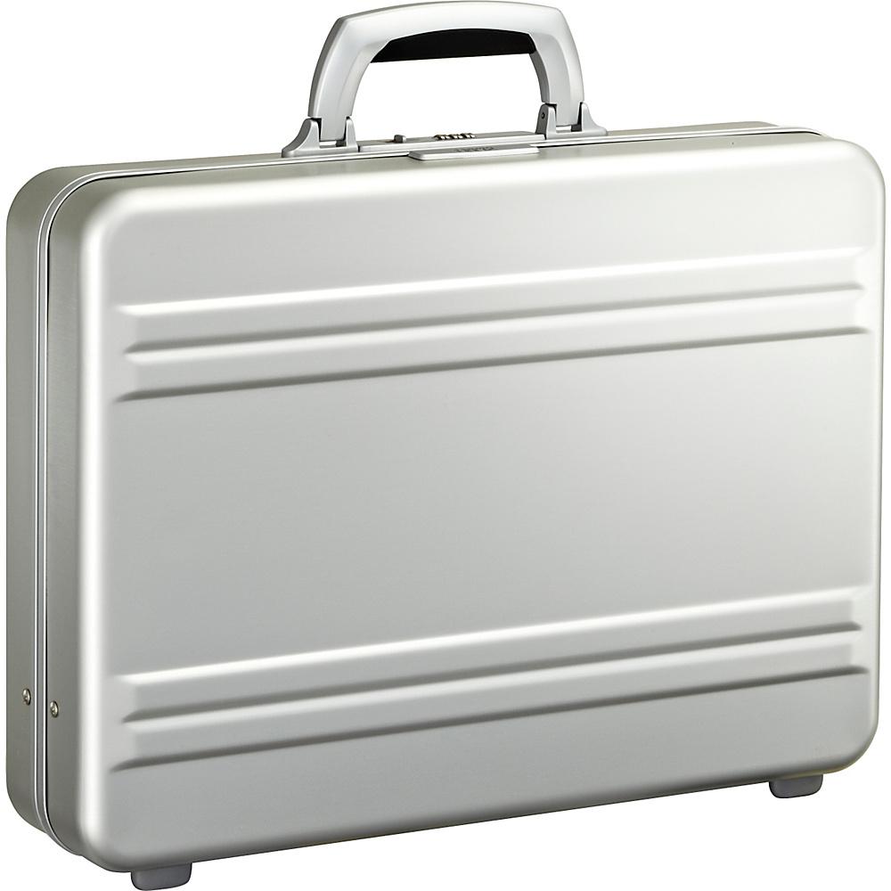 Zero Halliburton Slim line 4 Aluminum Attache Silver LSI Zero Halliburton Non Wheeled Business Cases