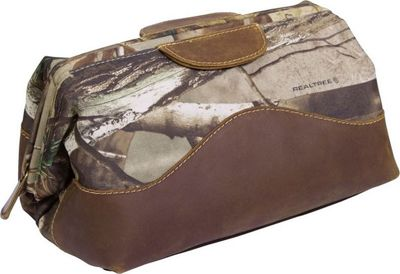 Canyon Outback Realtree Collection Water Resist Toiletry Bag Realtree Camo - Canyon Outback Toiletry Kits