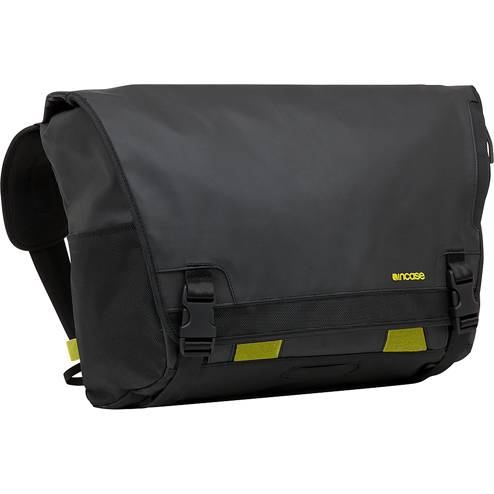 Incase Range Large Messenger Black Incase Messenger Bags