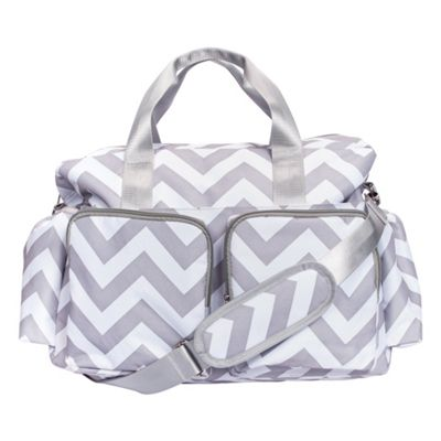 Trend Lab Gray and White Chevron Deluxe Duffle Diaper Bag Gray and White - Trend Lab Diaper Bags & Accessories