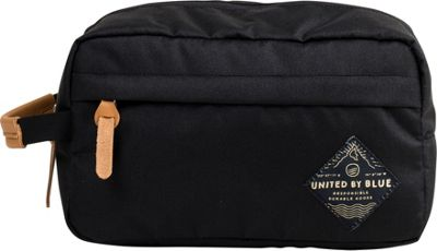 United by Blue Crest Travel Case Black - United by Blue Toiletry Kits