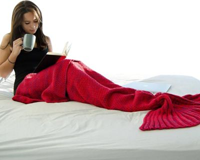 Koolulu Mermaid Blanket Red - Koolulu Travel Pillows & Blankets