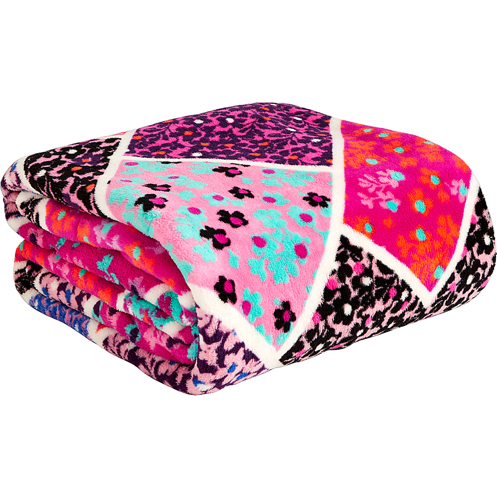 Vera Bradley Throw Blanket Modern Medley - Vera Bradley Travel Pillows & Blankets - Travel Accessories, Travel Pillows & Blankets
